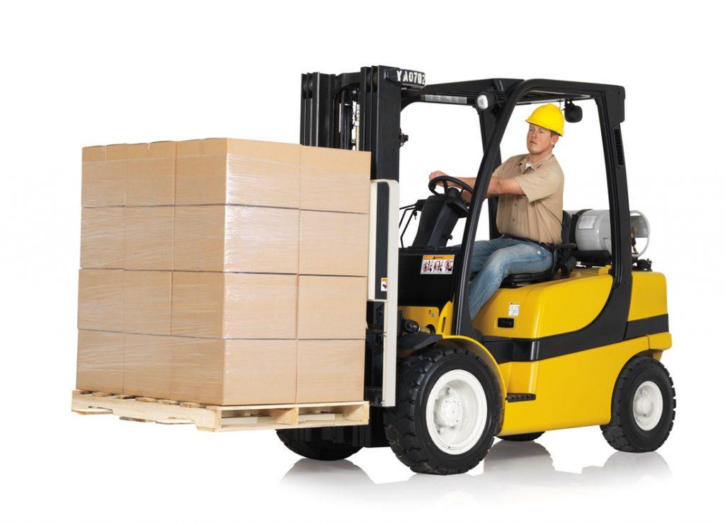Accessoires pour chariot élévateur : comment assurer la sécurité dans les entrepôts ?